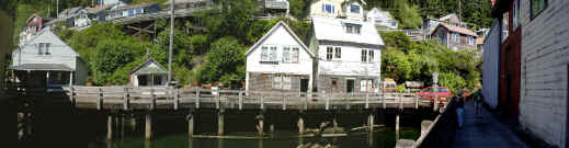 ketchikan of old.jpg (198472 bytes)