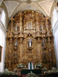 morelia church.jpg (96943 bytes)